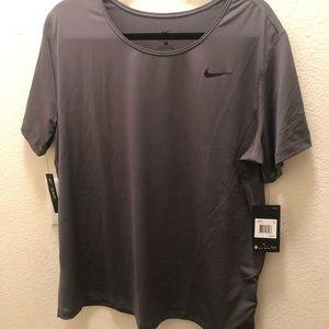 NEW Nike Grey Women's Plus Size Shirt